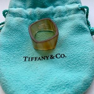 Tiffany & Co Torque Agate Ring by Frank Gehry (6)